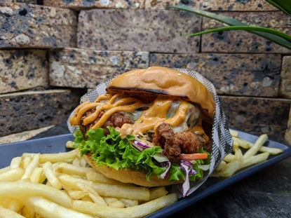 Picture of FRIED CHICKEN BURGER